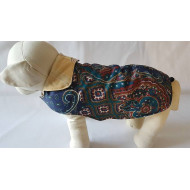 Warm vest with ornaments